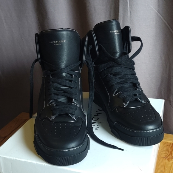 Givenchy Other - Givenchy Tyson Hi Top Black Sneakers 46 Never Worn